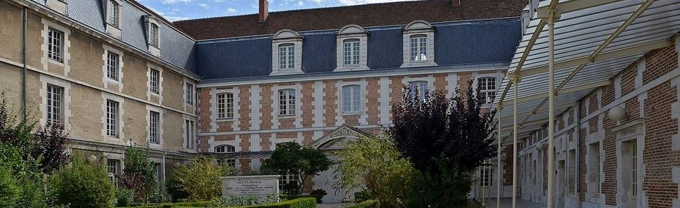 Lycée Jacques Amyot – Auxerre